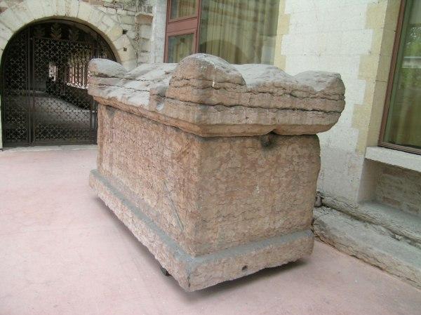 sarcofago-c-gavio-1024